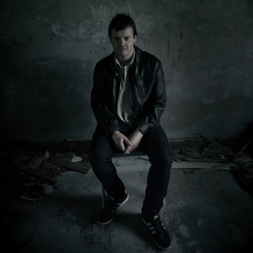 Simon Latham's avatar