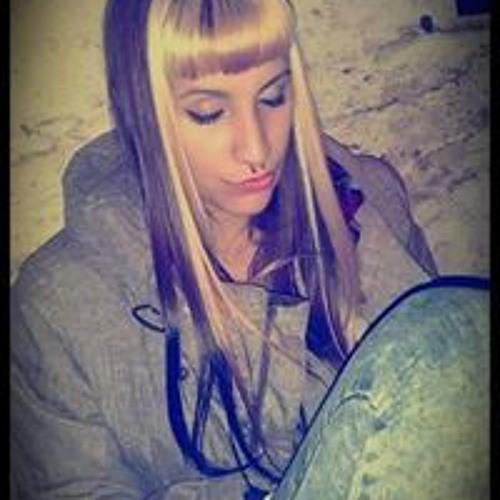 Luciana Lorenzi's avatar