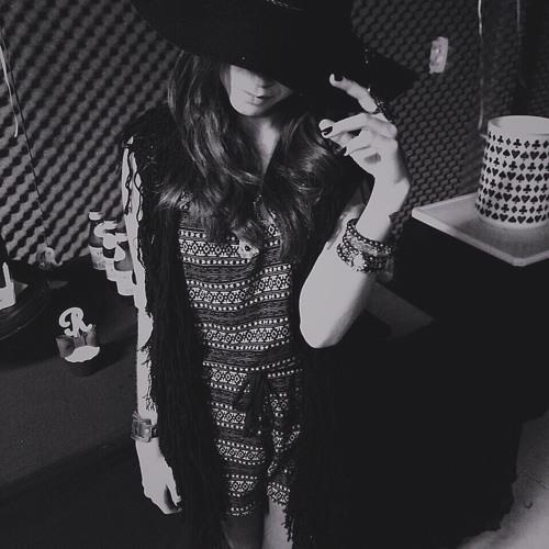 Renata Ramos's avatar