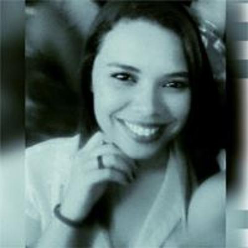 Fernanda Ribeiro's avatar