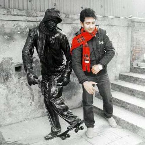 Mani Khan's avatar