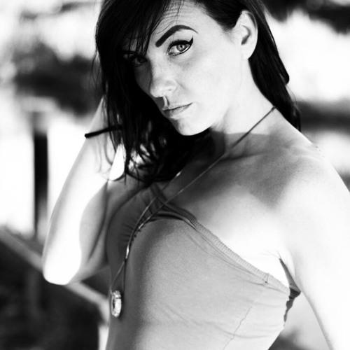 Kristina - Krina's avatar