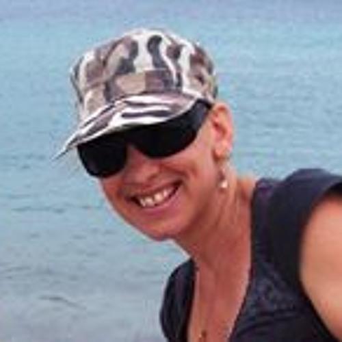 Paula Rowlands's avatar