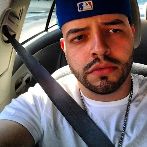 Ricardo Garay 1's avatar