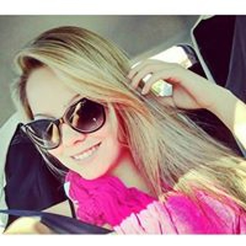 Karina Simão's avatar