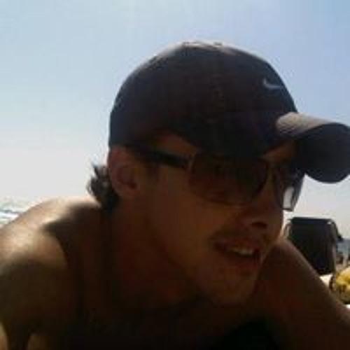 Robert Daniel Sáenz's avatar