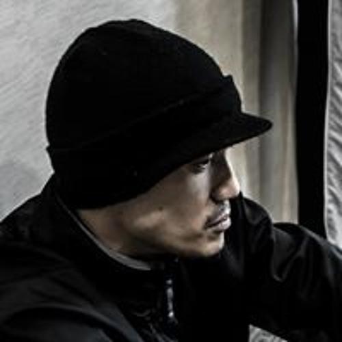 Roy Tjoa's avatar