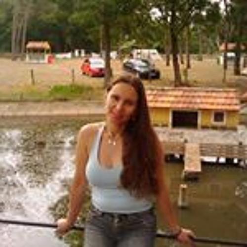 Fatima Ferreira's avatar