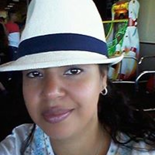 Romina Medina Palacios's avatar