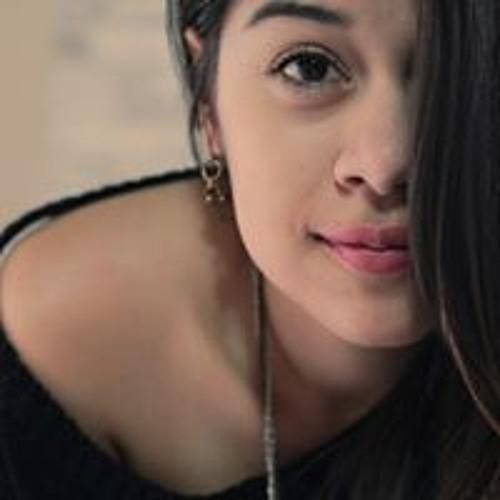 Fernanda Calixto's avatar
