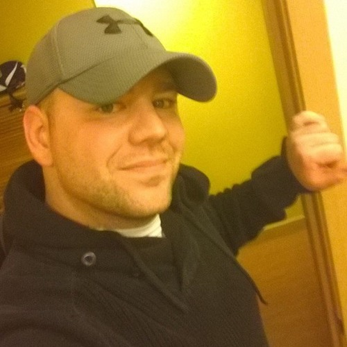 Alexander Aversano's avatar