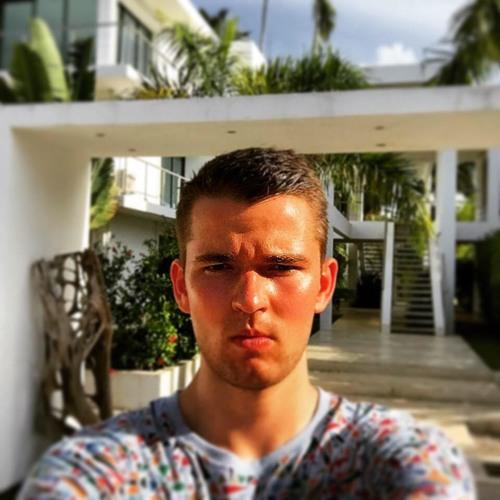 Benedikt Lotter's avatar