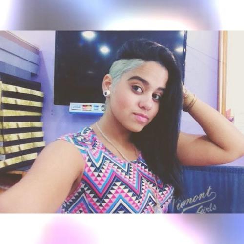 Karolyne Rodrigues's avatar