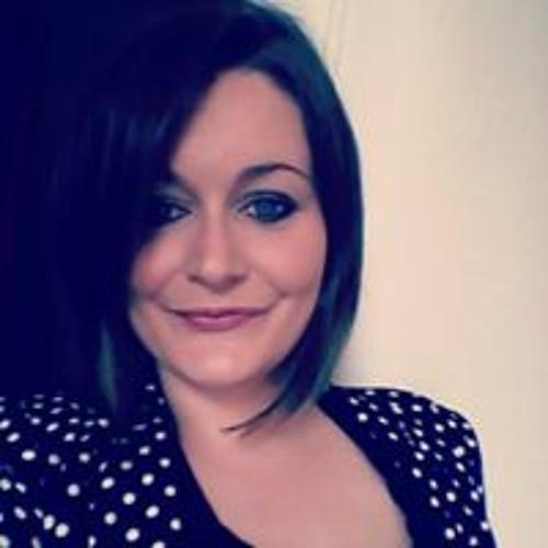 Ashley Lowson's avatar
