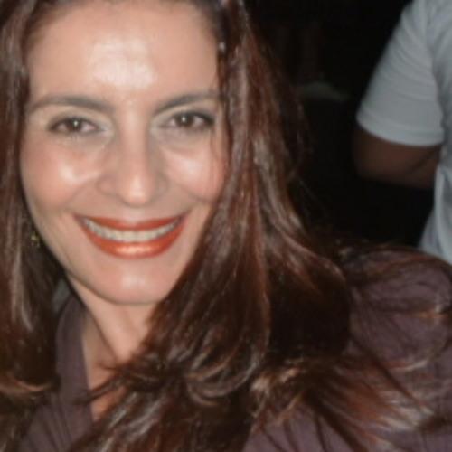 Andreia Camargo M's avatar