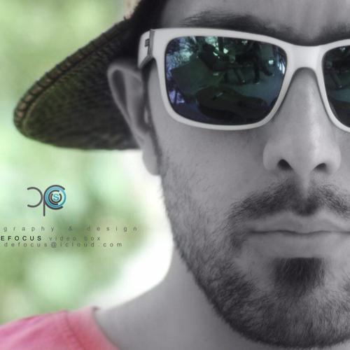 ehsan bozorgi's avatar