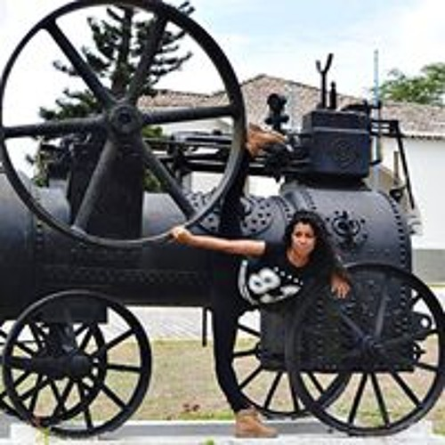 Amanda Santos's avatar