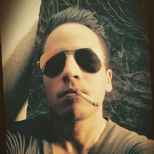 Ricky Morelos's avatar