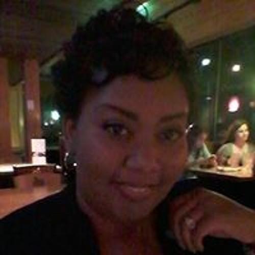 Holly Jones's avatar