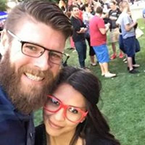 Marina Hernandez's avatar