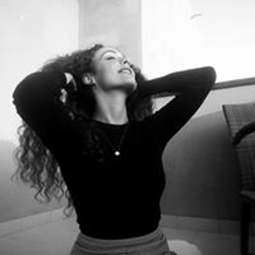 Mariana Fonte's avatar