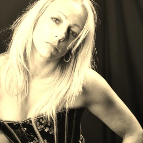 Lorraine Gray's avatar