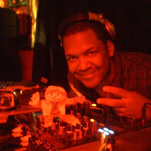 djrev-merritt's avatar
