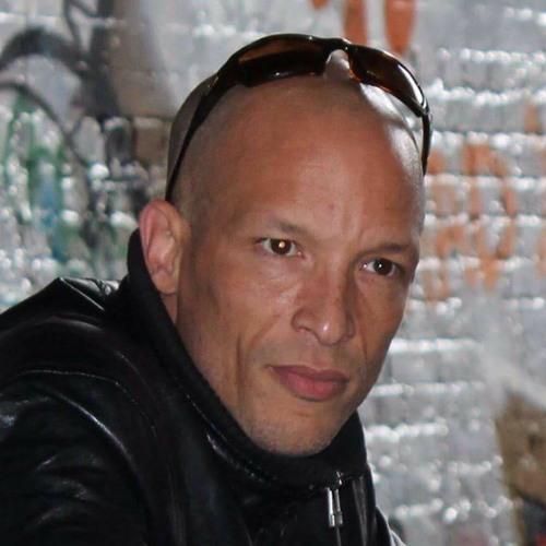 Dj Roosta's avatar