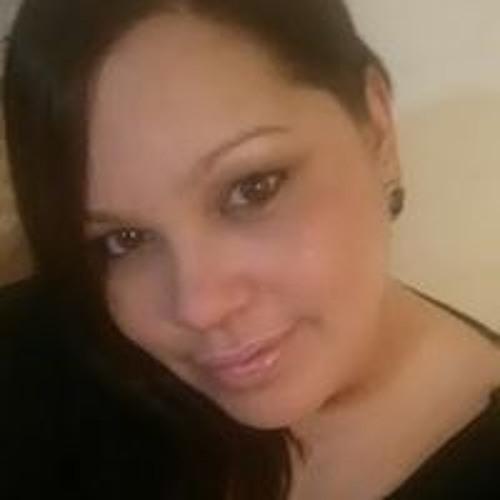 Betsy Rivera's avatar