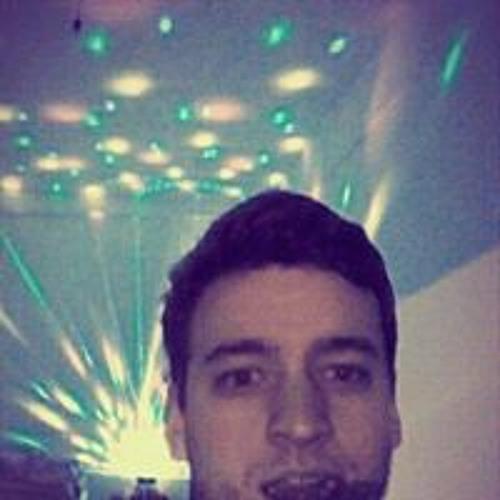 Lucas Cherubini's avatar