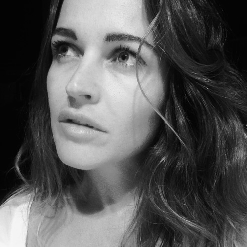 Bella Blakemore's avatar