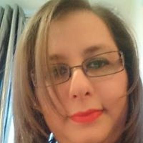 Ouardia Slamani's avatar