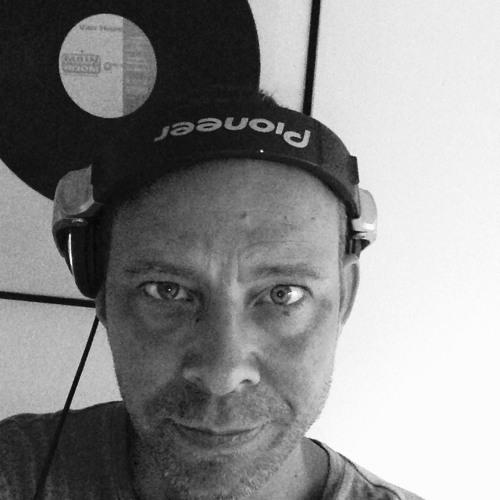Robbie Vanhaze's avatar