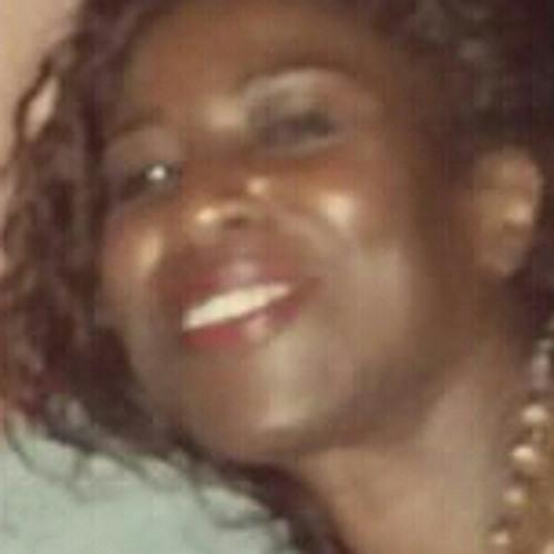 Missy Mensah  ♫ ♫'s avatar