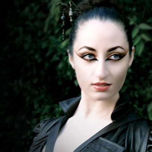 Eleni Violaris's avatar