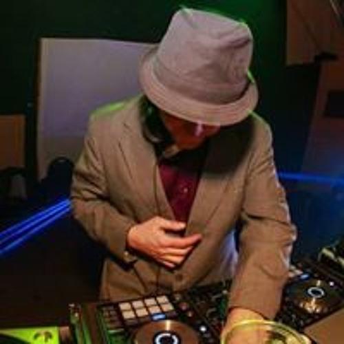Tony Verbillis's avatar