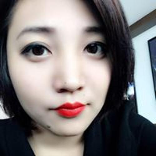Jasmine Phyu's avatar