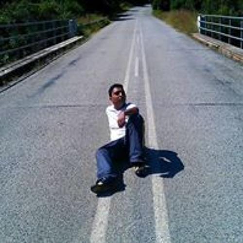 Resham Dhaya's avatar