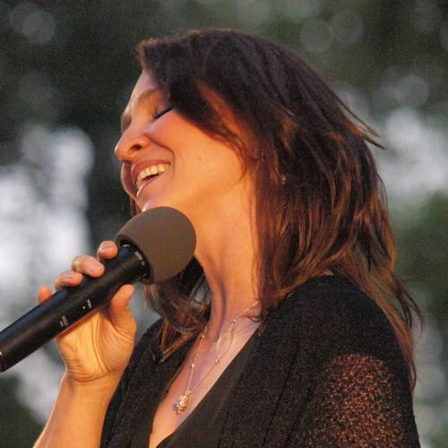 Christine Helferich Guter's avatar
