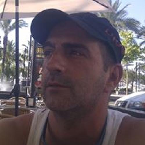 Jose M Maneiro's avatar