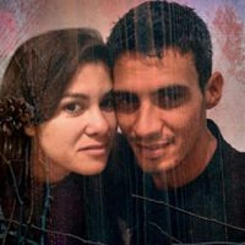 Esther Moraes's avatar