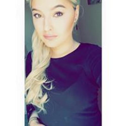 Beth Clark's avatar