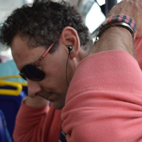 carlos lopes's avatar