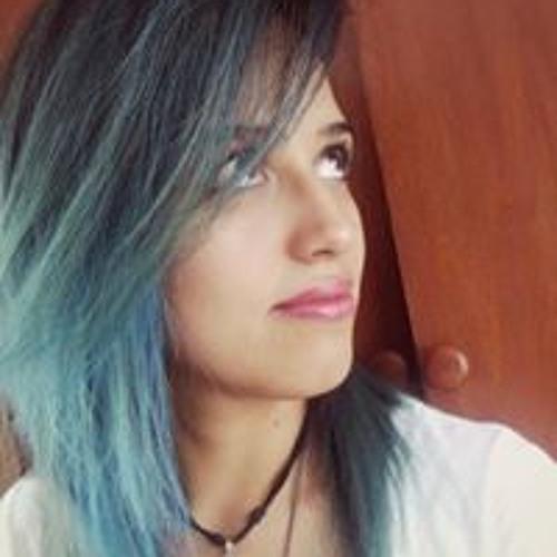 Mariana Ro's avatar