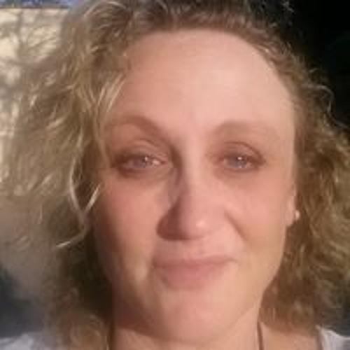 Sylvia RileyGreen's avatar