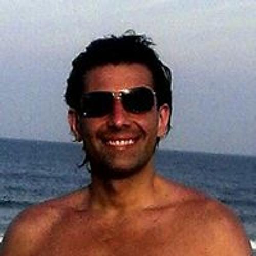 Navid R Vardi's avatar