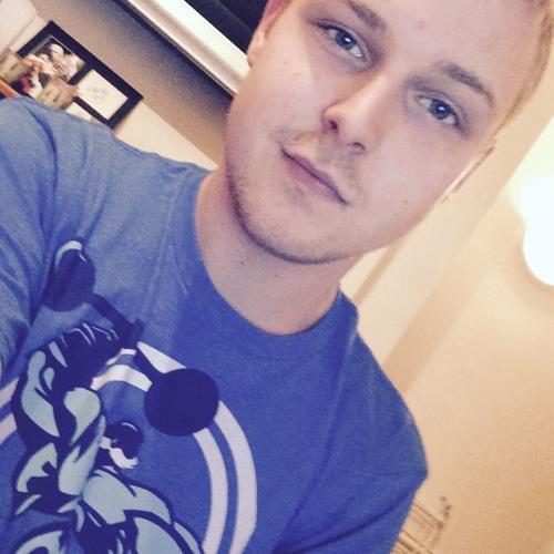 Josh Easyboy's avatar