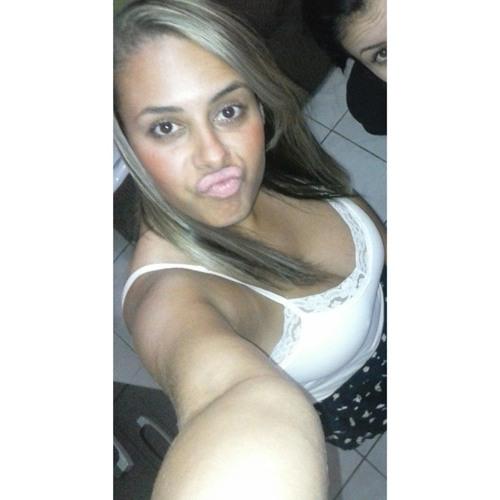 Joyce ReOli's avatar