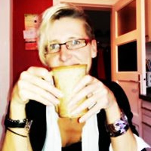 Susann Lanin's avatar