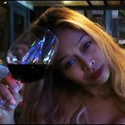 Angie Wanlaya's avatar